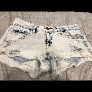 White Wash Denim Jean Shorts Medium Cheeky